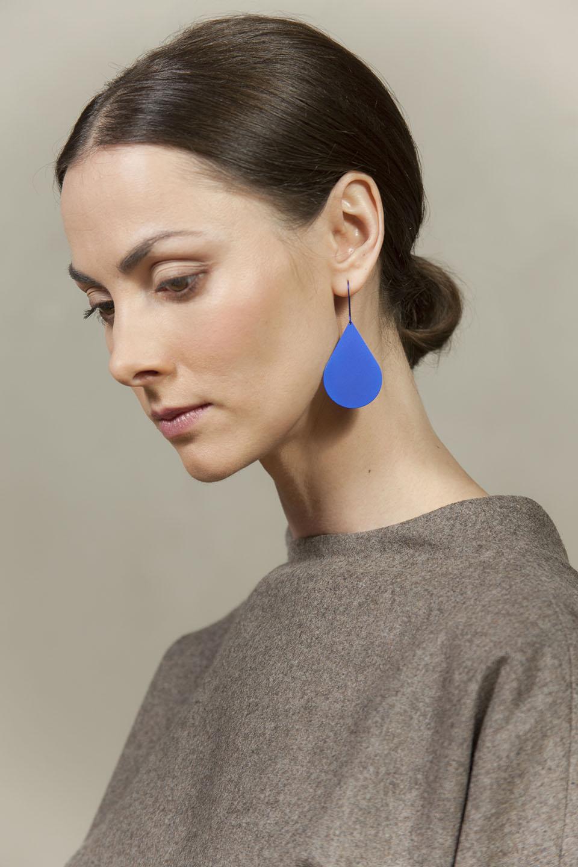 Drop. Anodized titanium earrings