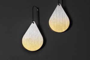 Drop. Gold-plated silver earrings